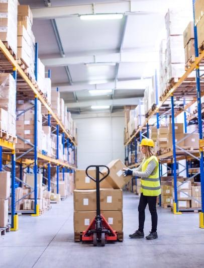 wholesalers-and-distributors-406x533